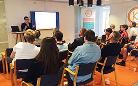 Malin Henriksson, K2 och VTI, presenterade sin forskning på höghastighetståg