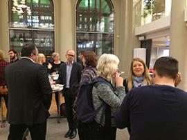 Bild från när boken släpptes på Kollektivtrafikens hus i november Foto: Helena Svensson