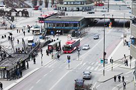 Nya riktlinjer och modeller för hur andelen resande med kollektivtrafiken i svenska regioner och kommuner kan öka ska utvecklas i nytt forskningsprojekt vid K2 Foto: TT Nyhetsbyrån